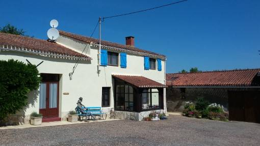 The front of Le Marronnier with view of porch. gîte holiday accommodation in the Vendée